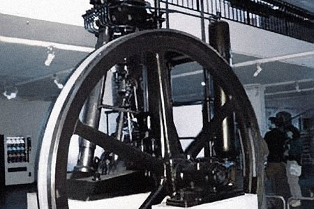 MAN's first production engine (1897).