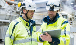 Mobility- and cloud-based solutions combine industrial apps developed by SKF with a range of mobile platforms and sensor technologies, providing user-friendly and flexible solutions for maintenance and reliability applications.