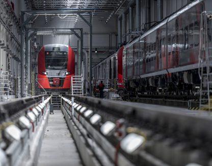 Treno passeggeri Lastochka veloce