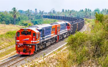 16-4-indonesian-railway-featured