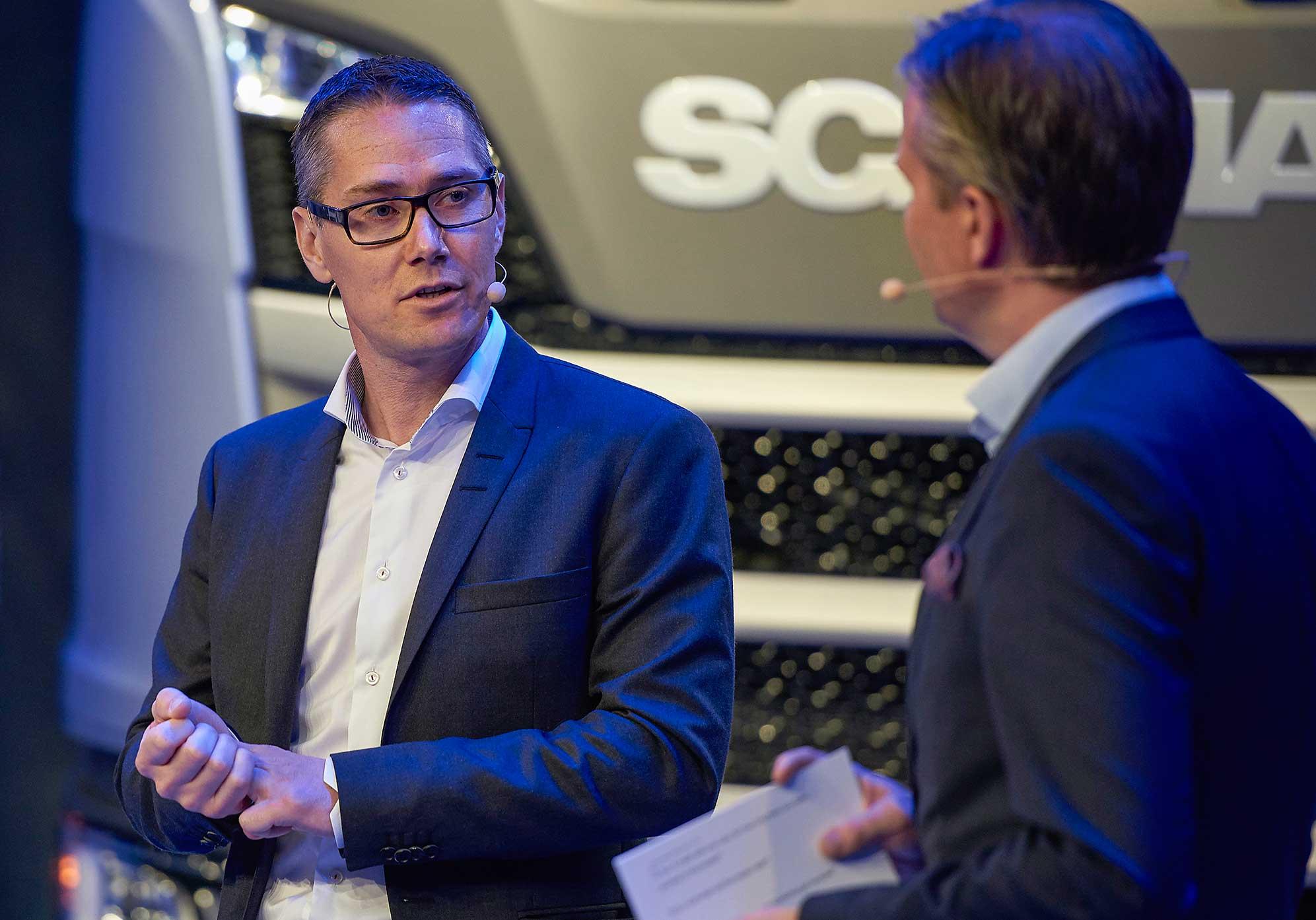 Ларс Бюгден и Эрик Юнгберг, старший вице-президент и директор по корпоративным отношениям в Сёдертелье (Швеция).