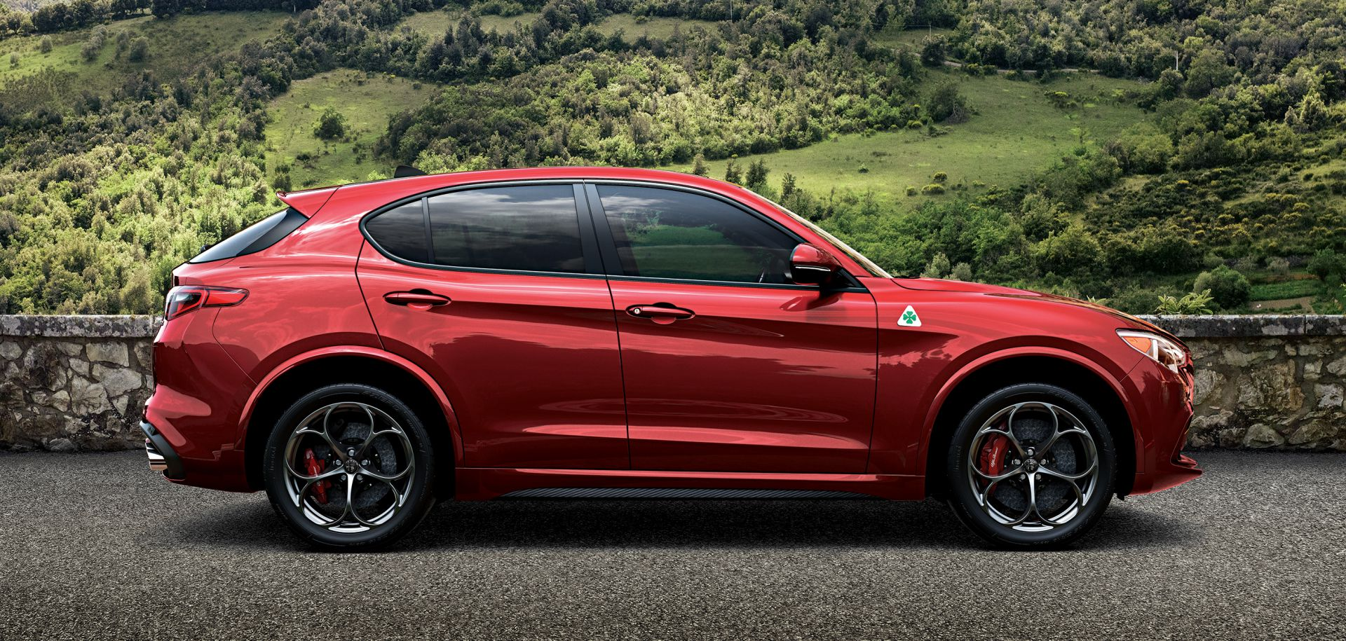 des roulements skf sur le nouveau alfa romeo stelvio evolution online. Black Bedroom Furniture Sets. Home Design Ideas