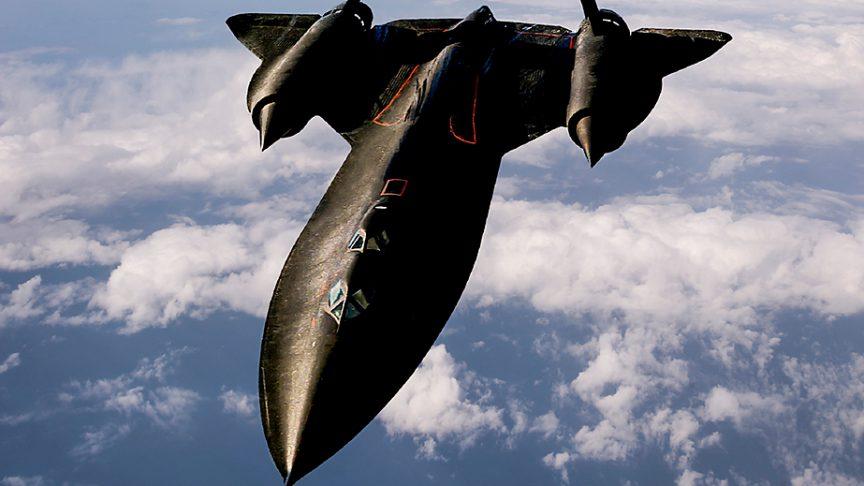 """图3:洛克希德马丁的SR-71""""黑鸟""""保持着世界飞行速度记录,该纪录是在1976年创造的3,529.6公里/小时。"""