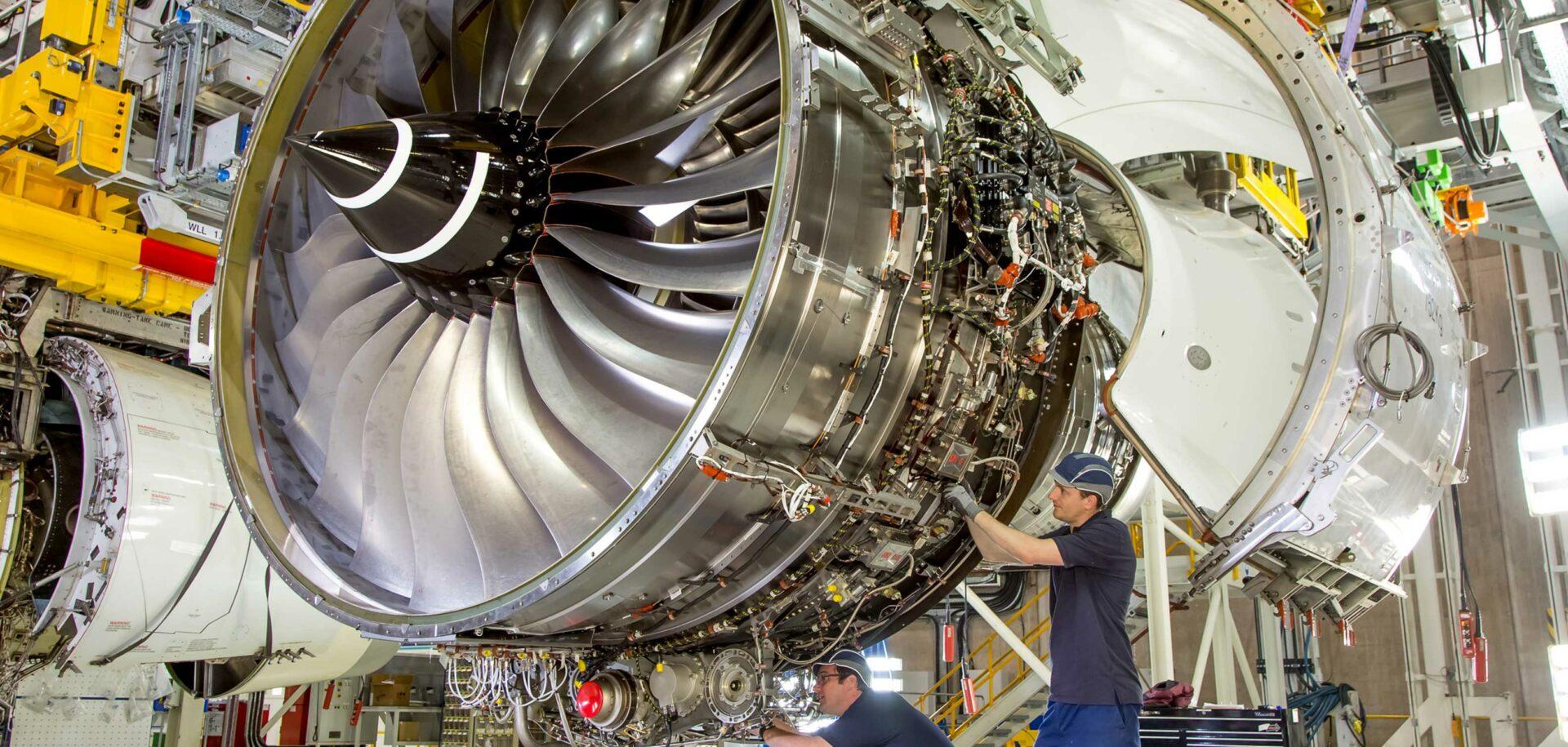Continúa la cooperación con Rolls-Royce