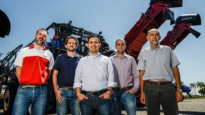 From left: Giuliano Maestro, product engineer Case IH; Anderson Moreno, team coordinator, Case IH; Thiago Christofoletti, SKF application engineer; Jean Camargo and Daenio Cleodolphi, product engineers, Case IH.