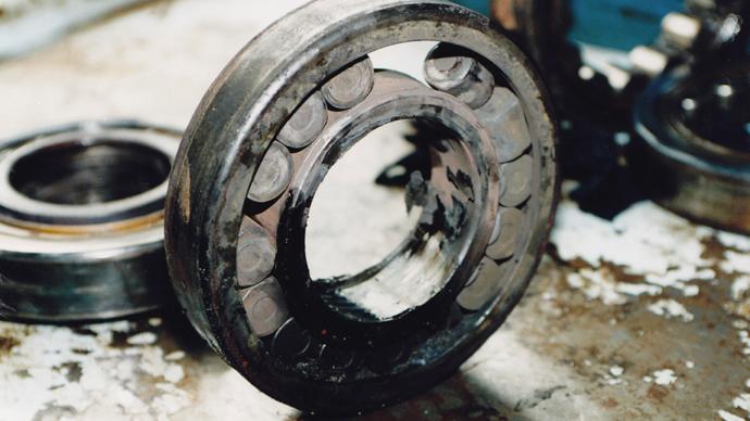 Damaged bearing